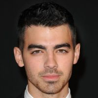 Joe Jonas : sa photo LOL au coeur de l'ouragan Sandy (PHOTO)