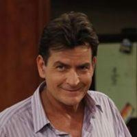 """Mon Oncle Charlie : une série """"oppressante"""" selon Charlie Sheen !"""
