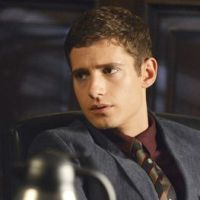 Pretty Little Liars saison 3 : Wren, plus méchant que Prince charmant (SPOILER)