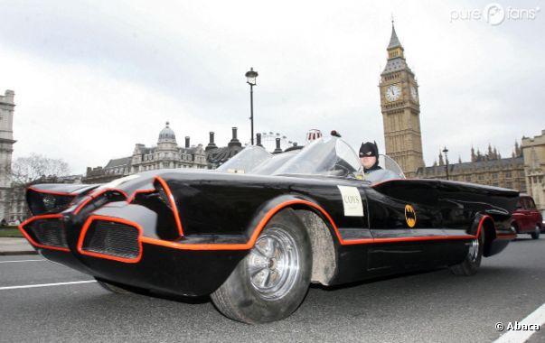 La célèbre voiture de Batman a été vendue aux enchères pour la modique somme de 4,6 millions de dollars