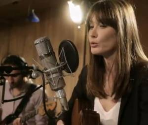 "Carla Bruni chante le ""Sofitel"" dans sa nouvelle chanson"