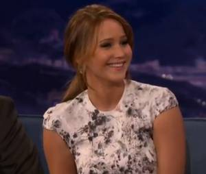 Jennifer Lawrence craque pour John Stamos