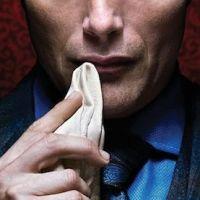 Hannibal saison 1 : Le tueur en série cannibale se dévoile dans une bande-annonce (SPOILER)