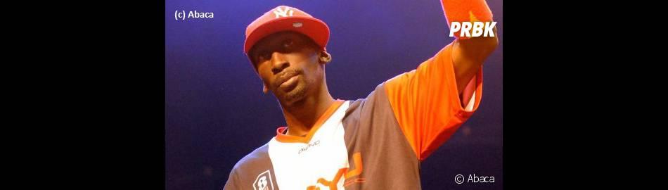 Sefyu, le rappeur anti-clash, dévoile un clip très sombre.