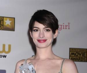 Anne Hathaway en larmes à cause de son impopularité