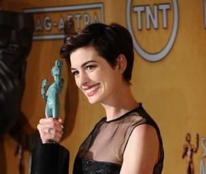 Anne Hathaway, nouvelle tête à claques d'Hollywood