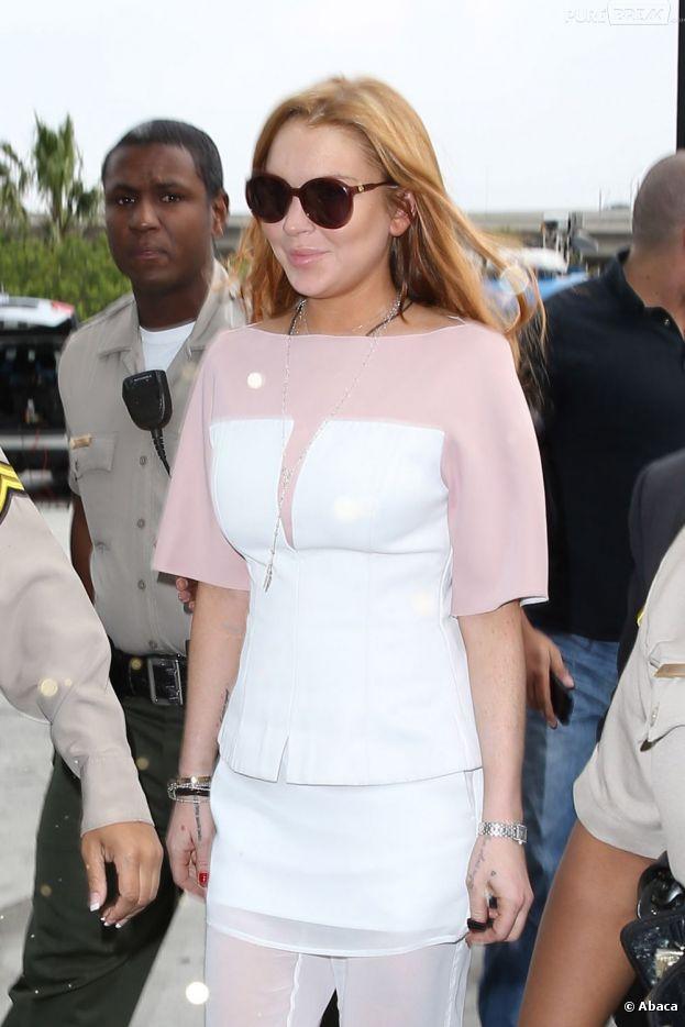 Le père de Lindsay Lohan s'inquiète pour la santé de sa fille, Lindsay Lohan.