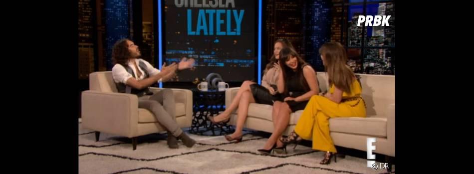 Russell Brand essaie de convaincre les soeurs Kardashian