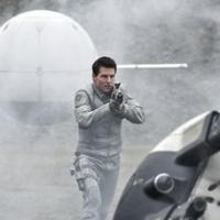 Tom Cruise : pilote d'avion et chasseur d'aliens dans Yukikaze