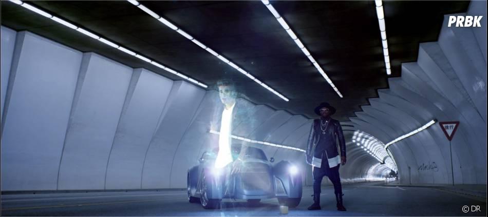 Justin Bieber apparaît en hologramme aux côtés de Will.i.am dans le clip de #thatPOWER