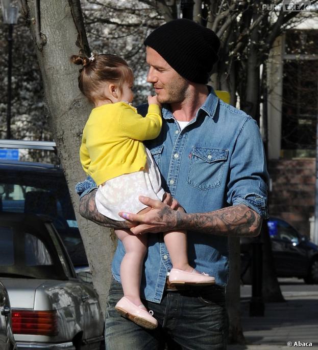 David Beckham et sa fille Harper, à Londres ce mercredi 24 avril