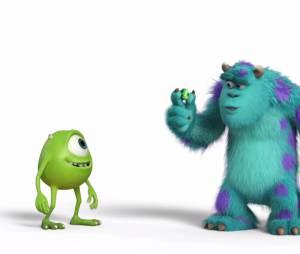 Bob et Sulli se mettent au foot dans Monstres Academy