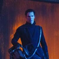 Star Trek Into Darkness : deux messages pirates inquiétants de Benedict Cumberbatch
