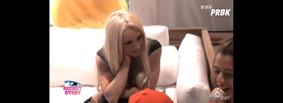 Secret Story 7 : Florine doute sur le lien familial entre Anaïs et Julien.
