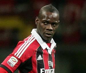 Mario Balotelli : le joueur du Milan AC a demandé la main de Fanny Neguesha