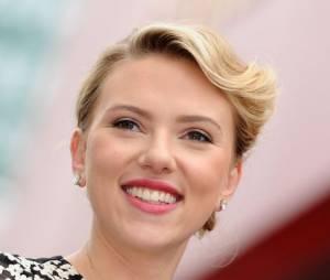 Scarlett Johansson est prête à incarner Hillary Clinton