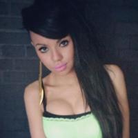 """Niia Hall dans le Mag NRJ12 : la """"mini-Nabilla"""" prend cher sur Twitter"""