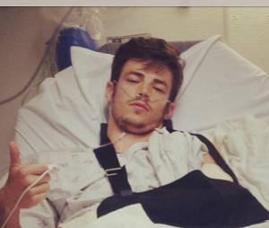 Grant Gustin blessé après un accident de vélo
