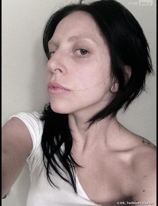 Lady Gaga s'affiche sans maquillage et ça fait peur.