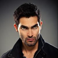 Teen Wolf : Tyler Hoechlin en Batman dans la suite de Man of Steel ?