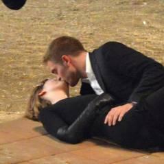 Robert Pattinson : baiser langoureux avec Mia Wasikowska