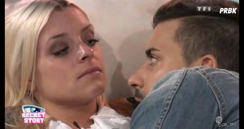Secret Story 7 : Alexia en larmes dans la Maison des secrets.