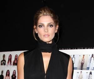 Ashley Greene a assisté à un défilé de mode dans le cadre de la Fashion Week de New York le 9 septembre 2013