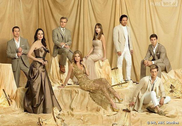 Revenge saison 3 : les acteurs sur une photo promo