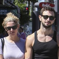 Ashley Greene en couple avec le meilleur ami de Liam Hemsworth