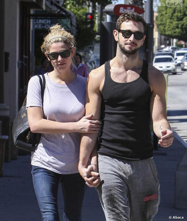 Ashley Greene en compagnie de Paul Khoury, son nouveau petit ami, le 29 septembre 2013 à Los Angeles