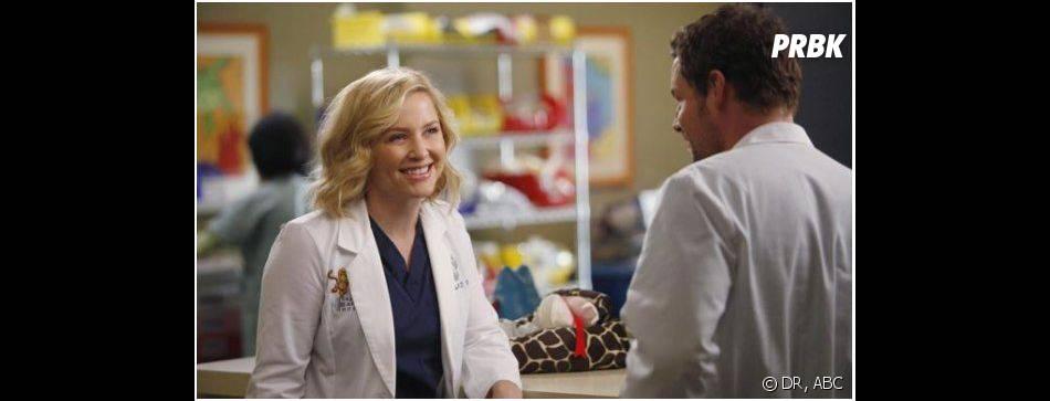 Grey's Anatomy saison 10, épisode 6 : Arizona tout sourire face à Alex