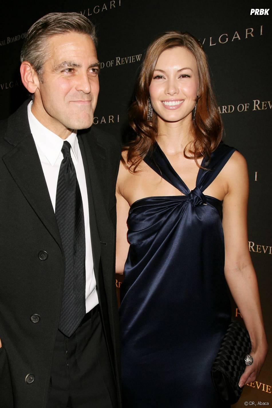 George Clooney et Sarah Larson à New York en janvier 2008.