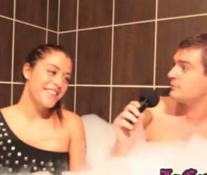 Anaïs Camizuli balance sur Julien dans le bain de Jeremstar