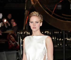 Jennifer Lawrence à l'avant-première d'Hunger Games l'embrasement à Londres le 11 novembre 2013