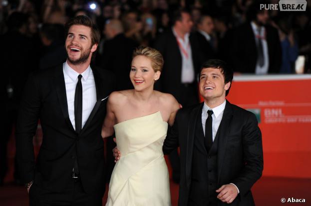 Jennifer Lawrence, Liam Hemsworth et Josh Hutcherson à l'avant-première d'Hunger Games l'embrasement à Rome le 14 novembre 2013