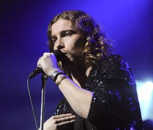"""Julien Doré : """"Love"""", un album dans les bacs depuis le 28 octobre 2013"""