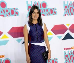 Nikki Reed a le sourire aux HALO Awards le 17 novembre 2013 à Los Angeles