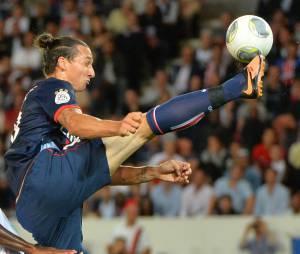 Zlatan Ibrahimovic : Ballon d'Or selon les estimations coquines de Virginie Caprice