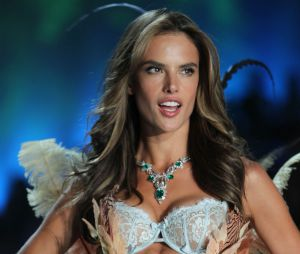 Victoria's Secret : les Anges en tenues sexy pour le défilé annuel mercredi 13 novembre à New-York