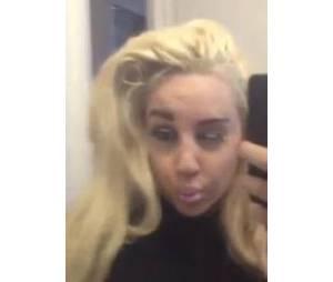 Amanda Bynes : selfie flippant dans sa salle de bain