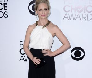People's Choice Awards 2014 : Sarah Michelle Gellar sur le tapis-rouge le 8 janvier 2014 à Los Angeles