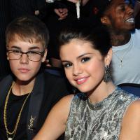 Justin Bieber et Selena Gomez : vacances presque incognito