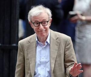 Woody Allen en route pour le mariage d'Alec Baldwin, le 30 juin 2012 à New York