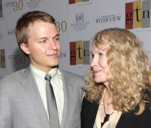 Mia Farrow et Ronan Farrow accusent Woody Allen de pédophilie