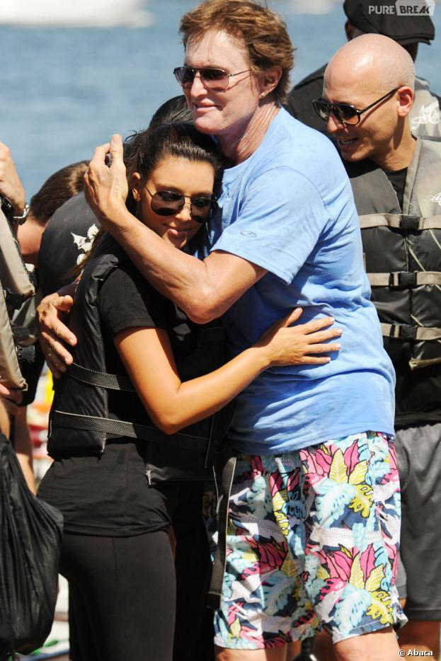 Kim Kardashian : Bruce Jenner, le beau pere de la bimbo serait entrain de changer de sexe