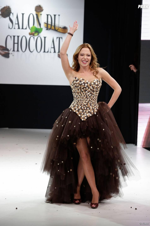 Dounia Coesens craquante et croquante au Salon du Chocolat 2013
