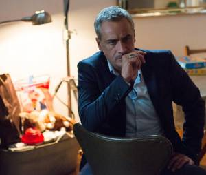 Alice Nevers saison 12 : Jean-Michel Tinivelli sur une photo