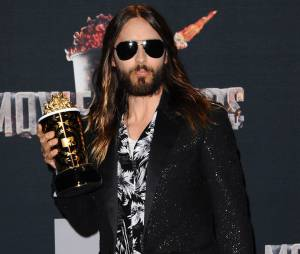 Jared Leto remporte le prix de Meilleure transformation aux MTV Movie Awards 2014 le 13 avril 2014