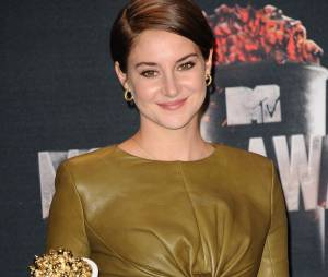 Shailene Woodley remporte le prix de Meilleur personnage aux MTV Movie Awards 2014 le 13 avril 2014