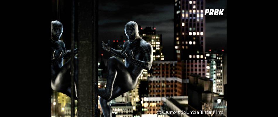 Spider-Man 3 : l'homme-araignée possède de nombreux costumes.